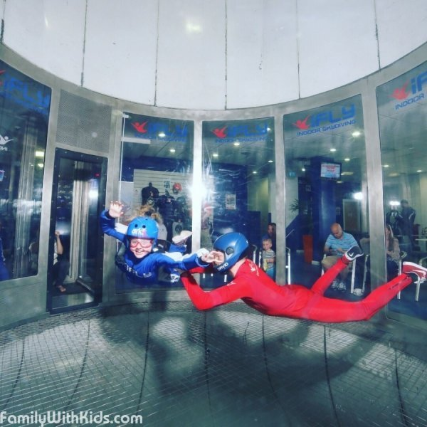 iFly Basingstoke, indoor skydiving, an artificial ski slope, and a rotating climbing wall in London, UK